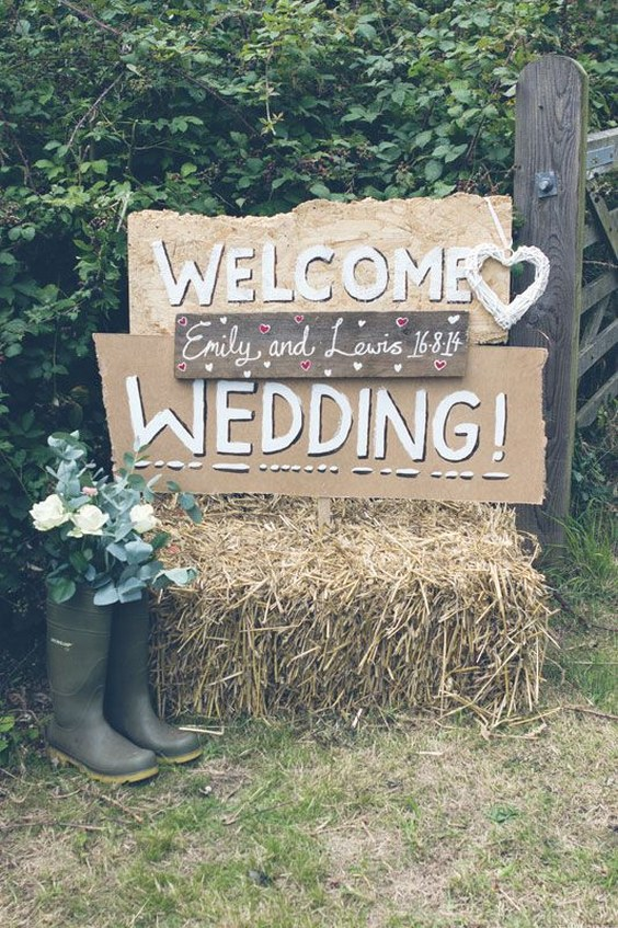 25 Amazing Rustic Outdoor Wedding Ideas from Pinterest  Deer Pearl Flowers