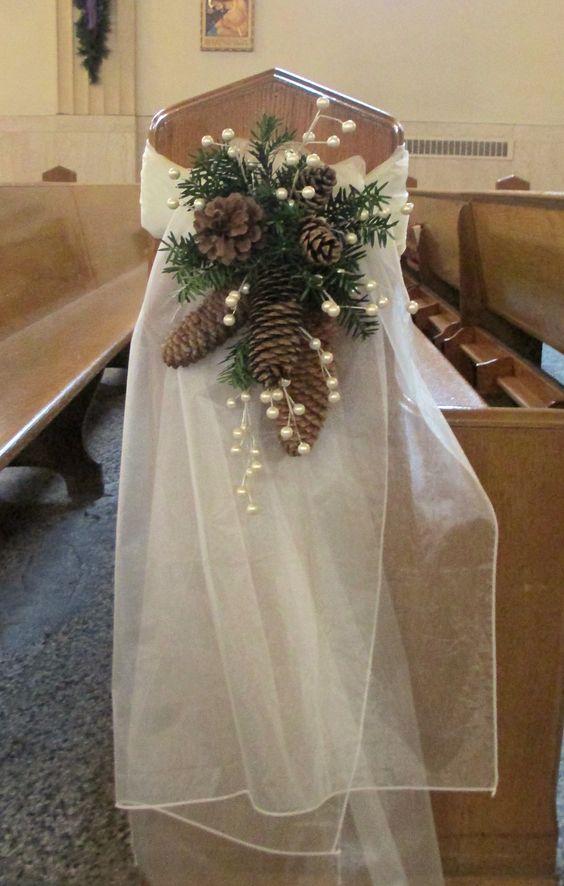 25 Budgetfriendly Rustic Winter Pinecone Wedding Ideas  Deer Pearl Flowers
