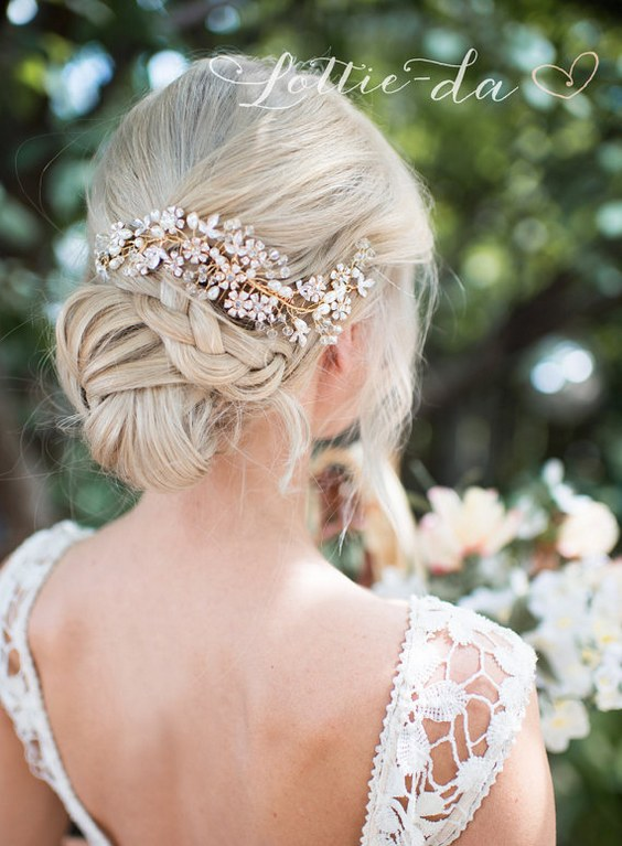 30 Chic Vintage Wedding Hairstyles and Bridal Hair Accessories  Deer Pearl Flowers
