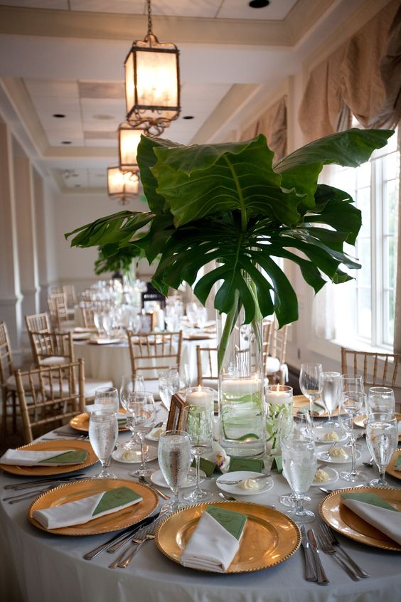 2018 Trend Tropical Leaf Greenery Wedding Decor Ideas