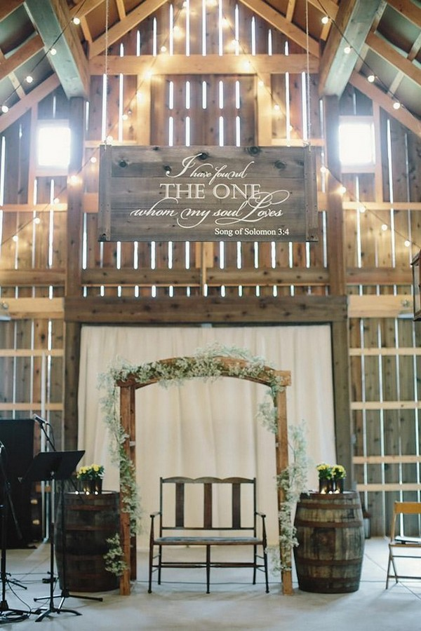 barn wedding rustic ceremony with bottle of wine and jennifer van elk photography