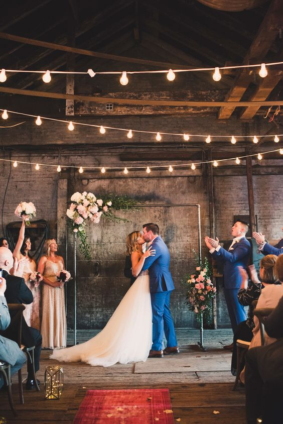 20 Industrial Loft Style Wedding Ceremony Backdrop Ideas