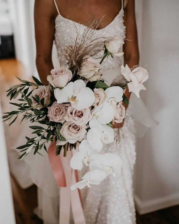blush and greenery wedding bouquet9