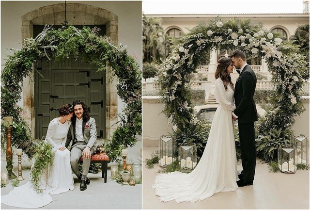 greenery wedding circle moon gate arbor