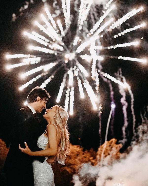 sparkler photo ideas tips