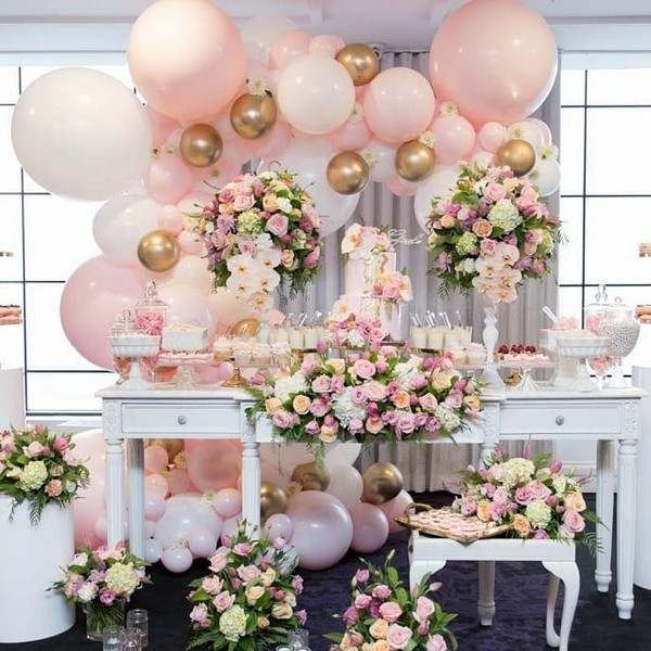 pink balloons wedding reception bar 20