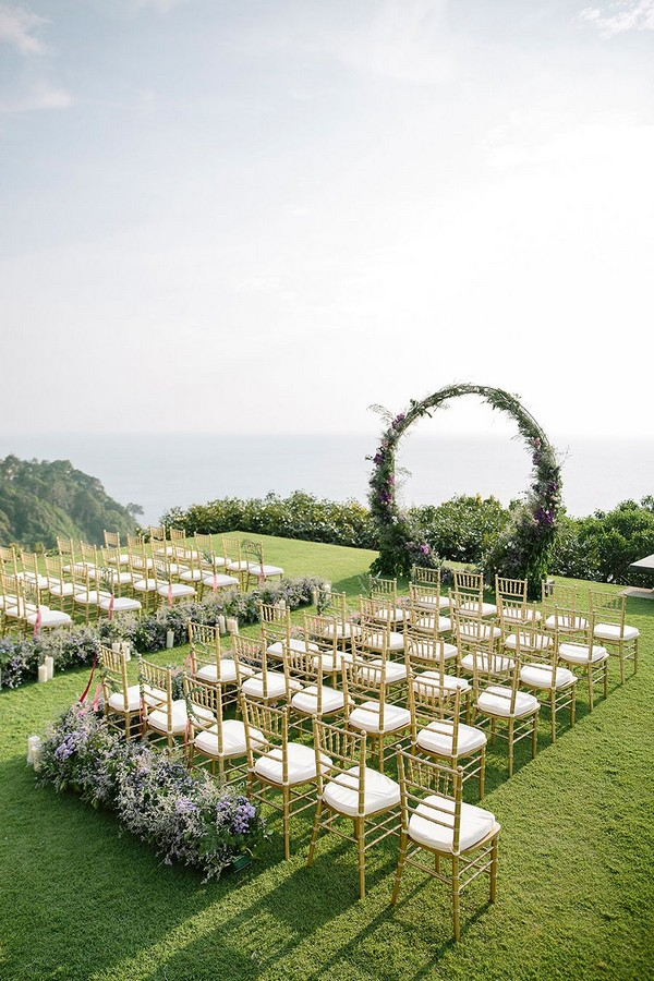 circular floral arch wedding backdrop