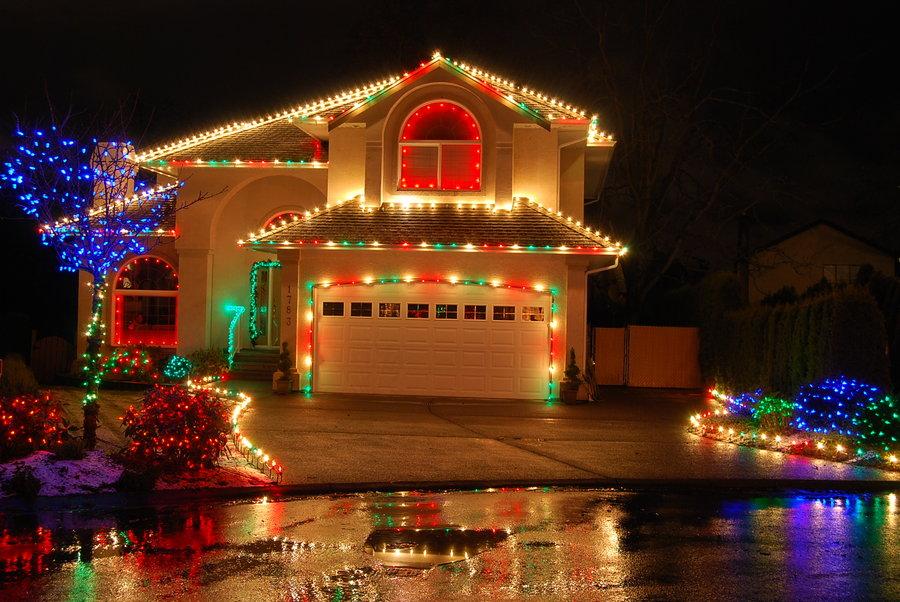 Hermosas Casas y Fachadas Decoradas con Luces de Navidad