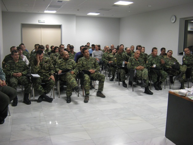 https://i0.wp.com/www.defence-point.gr/news/wp-content/uploads/2012/11/Efedroi_Protes_Voitheies_Maxis.jpg
