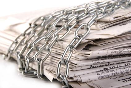 Αποτέλεσμα εικόνας για Πληροφόρηση, υπερπληροφόρηση και παραπληροφόρηση στα Ελληνικά ΜΜΕ και στο διαδίκτυο