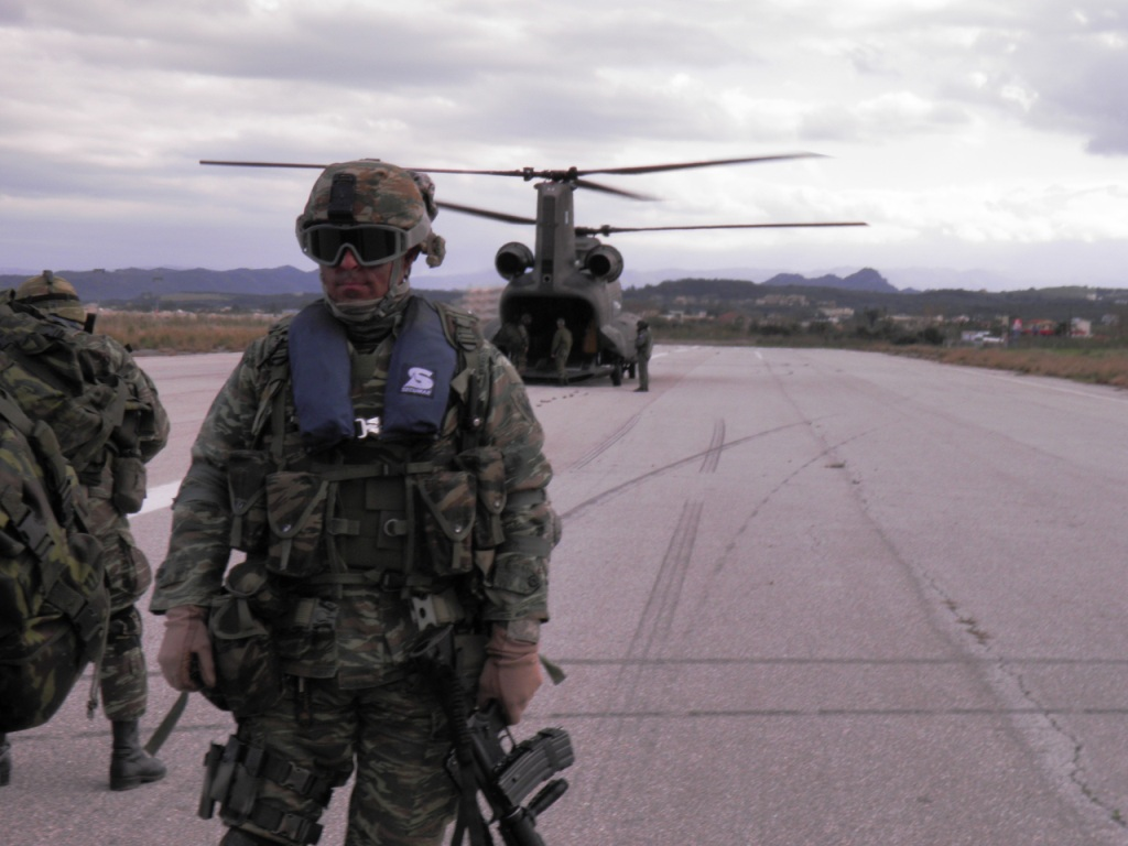 https://i0.wp.com/www.defence-point.gr/news/wp-content/uploads/2012/12/Pyrpolitis_2.jpg