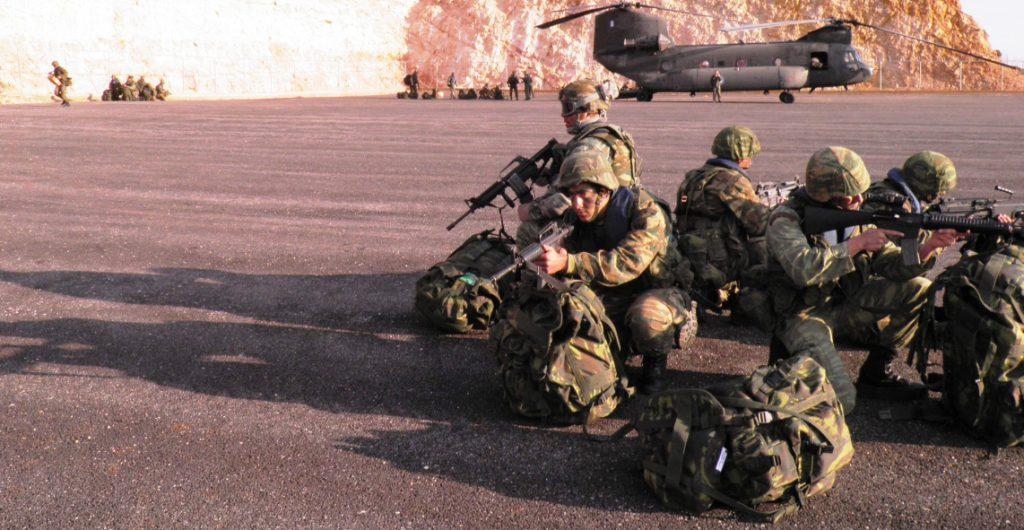 https://i0.wp.com/www.defence-point.gr/news/wp-content/uploads/2012/12/Pyrpolitis_5.jpg