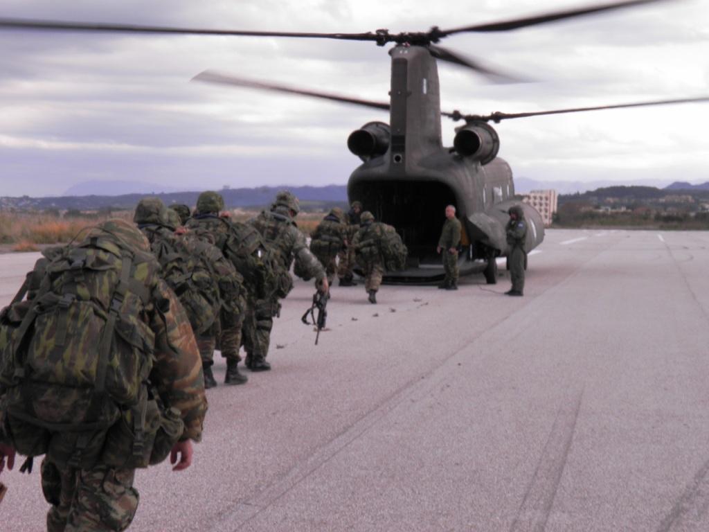 https://i0.wp.com/www.defence-point.gr/news/wp-content/uploads/2012/12/Pyrpolitis_6.jpg