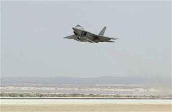 F-22 Raptor flown on synthetic biofuel