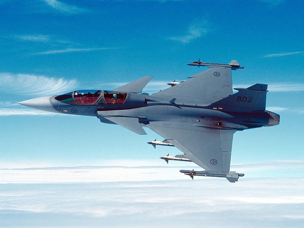 JAS 39 Gripen, SAAB's Eurofighter Rival