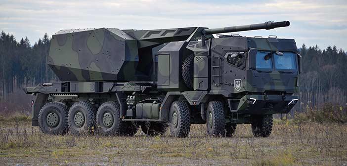 Rheinmetall HX3 10x10 wheeled self-propelled howitzer.