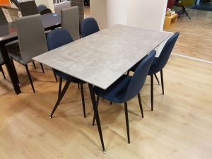 Table + 4 chaises Brecht