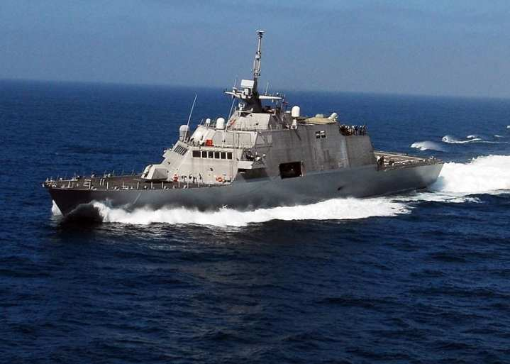 The littoral combat ship USS Freedom (LCS 1) transits the Pacific Ocean en route to participate in Rim of the Pacific (RIMPAC) exercises. Some time in 2010 the U.S. Navy plans to decide between the two competing LCS designs as the basis for a class of 50 or more ships. U.S. Navy photo by Senior Chief Mass Communication Specialist Dave Nagle.