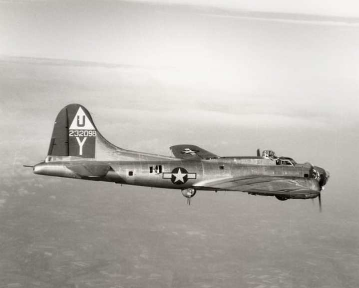 B-17G on the way to Berlin