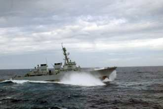 USS Cole (DDG-67) in heavy seas, after repair