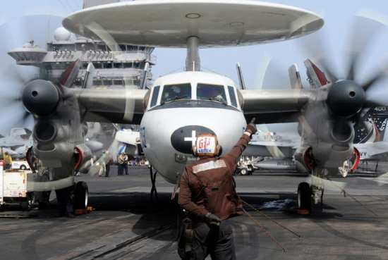 E-2C Hawkeye Bluetails of Airborne Early Warning Squadron 121