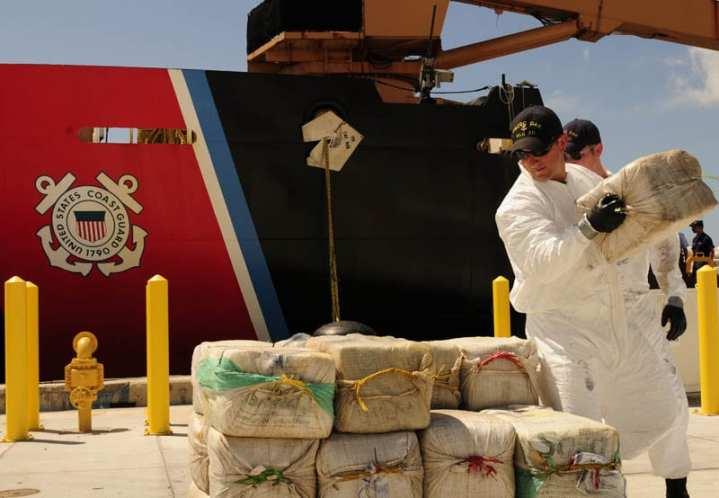 Oak crewmembers unload cocaine