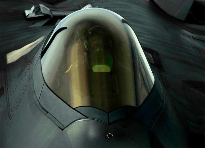 F-22 tanking