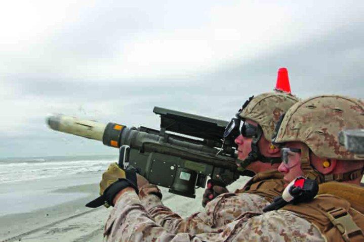 FIM-92 Stinger missile launcher LAAD