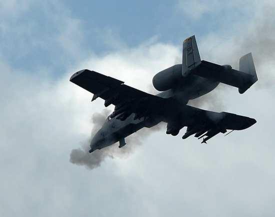 A-10 fires 30mm
