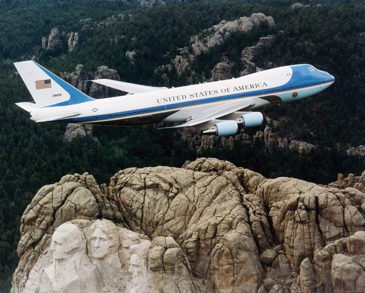 An Inside Tour Of Air Force One Defense Media Network