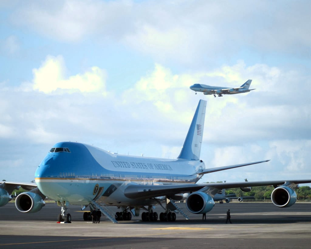 An inside tour of air force one defense media network for Force interieur