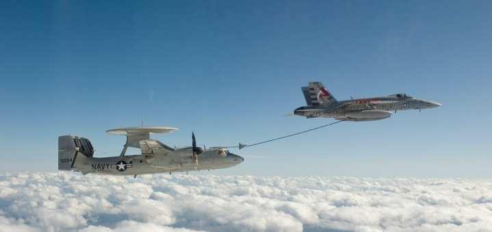 E-2-Hawkeye aerial refueling system