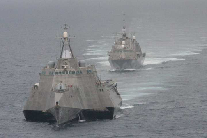 Two LCS bow-on