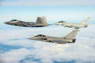 Trilateral Exercise F-22, Eurofighter, Rafale