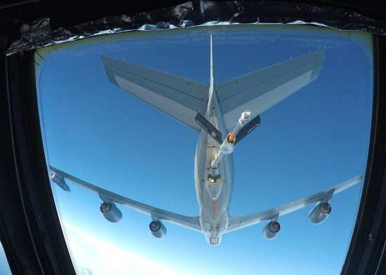 B-52 Refuels from French KC-135 | Video