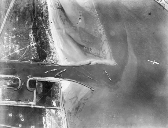 aerial-aftermath-of-Zeebrugge-raid