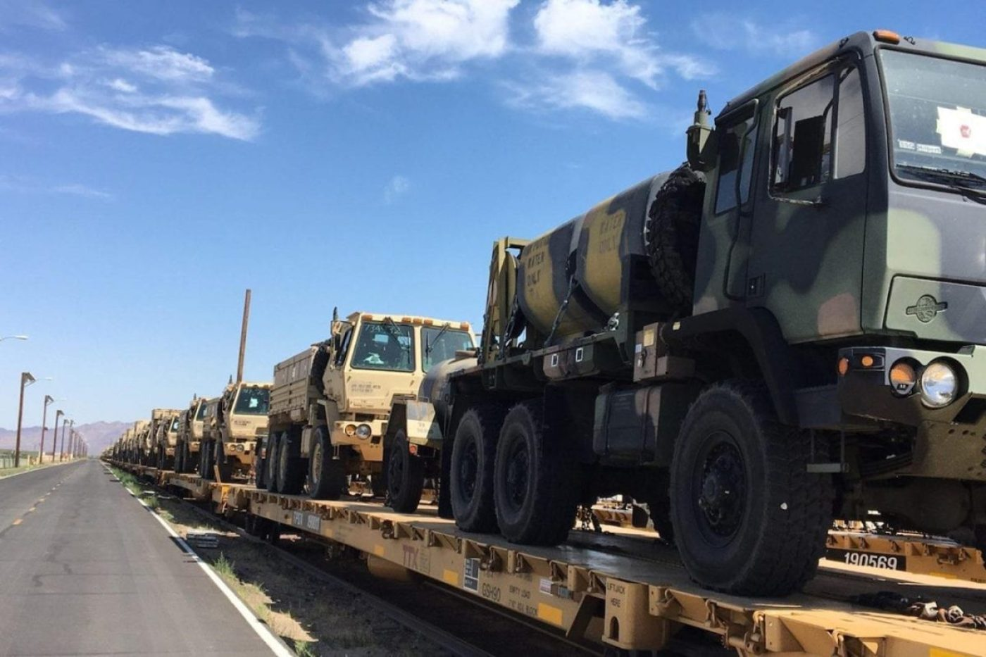 Soldiers of the North Carolina National Guard's 690th Brigade Support Battalion, 30th Armored Brigade Combat Team (ABCT), conduct rail operations at Marine Corps Logistics Base Barstow, Yermo Annex, California. (U.S. Army National Guard photo, Released)