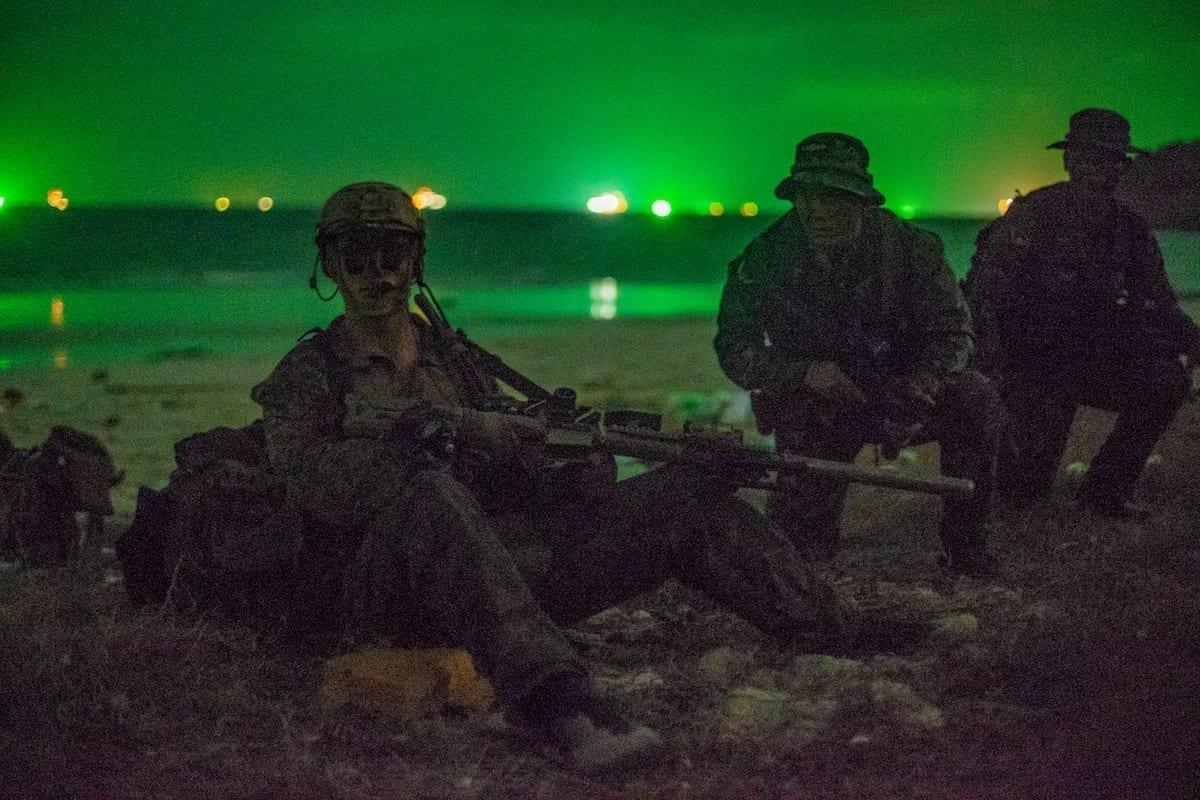 U.S. Marines Royal Thai Marines Train