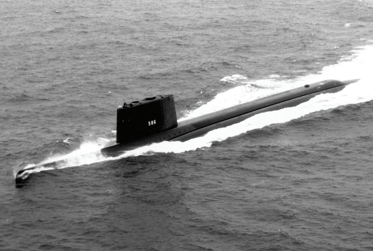 USS Triton (SSN 586) was designed as a radar picket submarine, and featured two nuclear reactors, two screws, a knife-edge bulbous bow, and the largest sail ever for an American submarine to house its large radar dish. Triton completed the first submerged circumnavigation of the globe in May 1960.