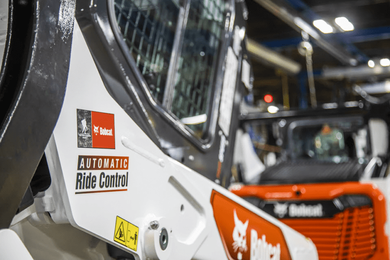 Doosan Bobcat partnered with Wounded Warrior Project® to reward a deserving veteran with a brand-new T76 Bobcat compact track loader.