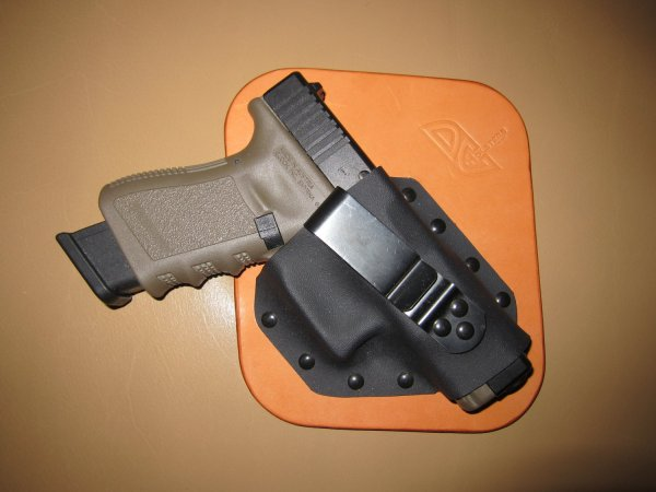 DC Holsters LeatherKydex Hybrid UltraConcealment