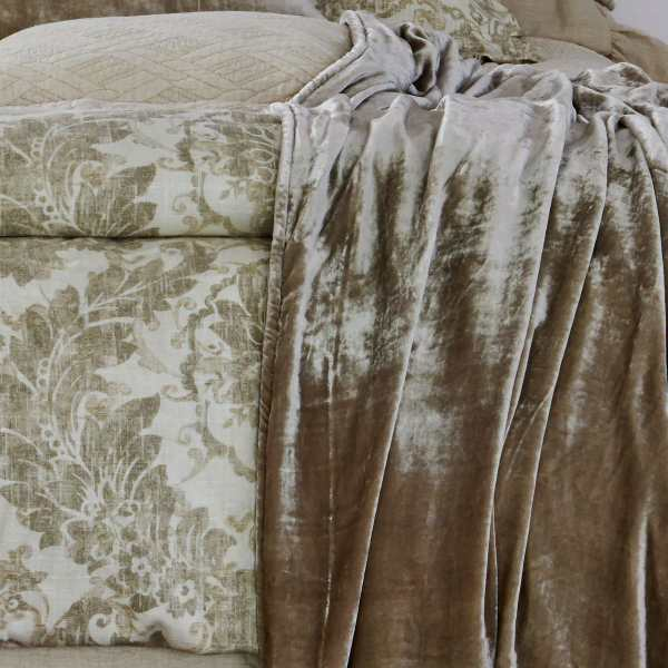 Traditions Linens Bedding Downton Collection