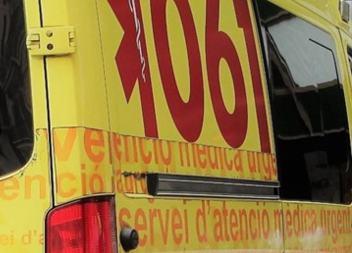 Un nin de 2 anys crític després de ser trobat surant en la piscina d'un hotel a Cala Bona