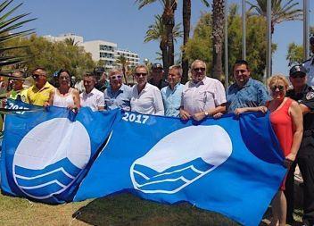 La platja de Cala Millor llueix un any més la Bandera Blava