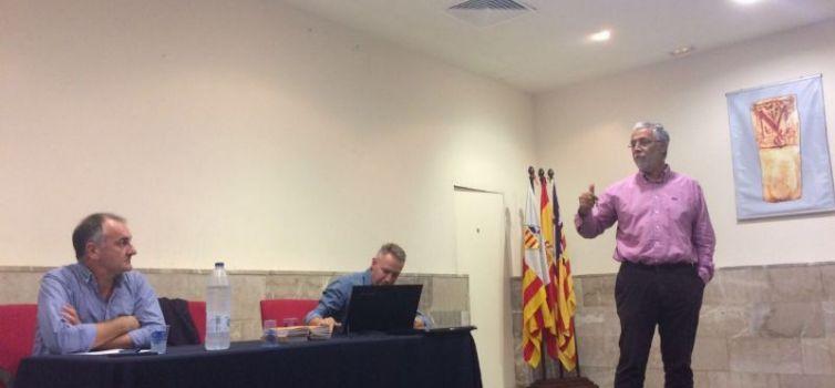 Llucmajor ofereix mitjans i informació als pagesos i afectats per la Xylella Fastidiosa