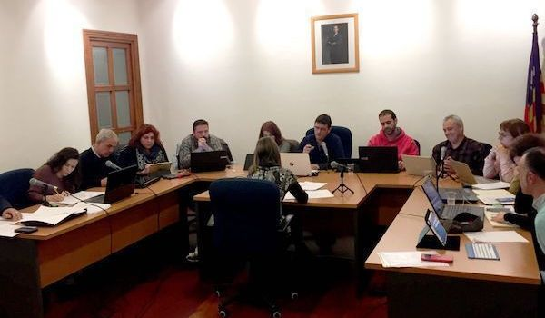 Artà aprova ampliar en 43.000 euros el contracte de recollida i transport de residus i de neteja viària
