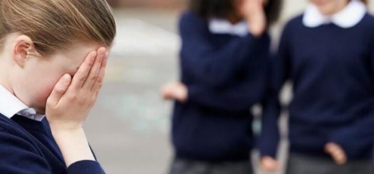 Així va detectar una mare com la seva filla participava en un cas d'assetjament escolar