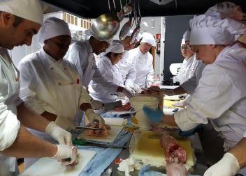 Capdepera continua apostant per la formació en el sector de l'hostaleria