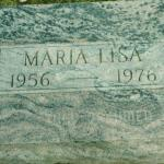 Lisa Peak's gravestone, courtesy Ton Steenhoek, findagrave.com