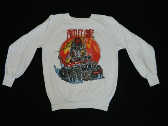 vintage MOTLEY CRUE SWEATSHIRT 1986 Allister fiend tshirt